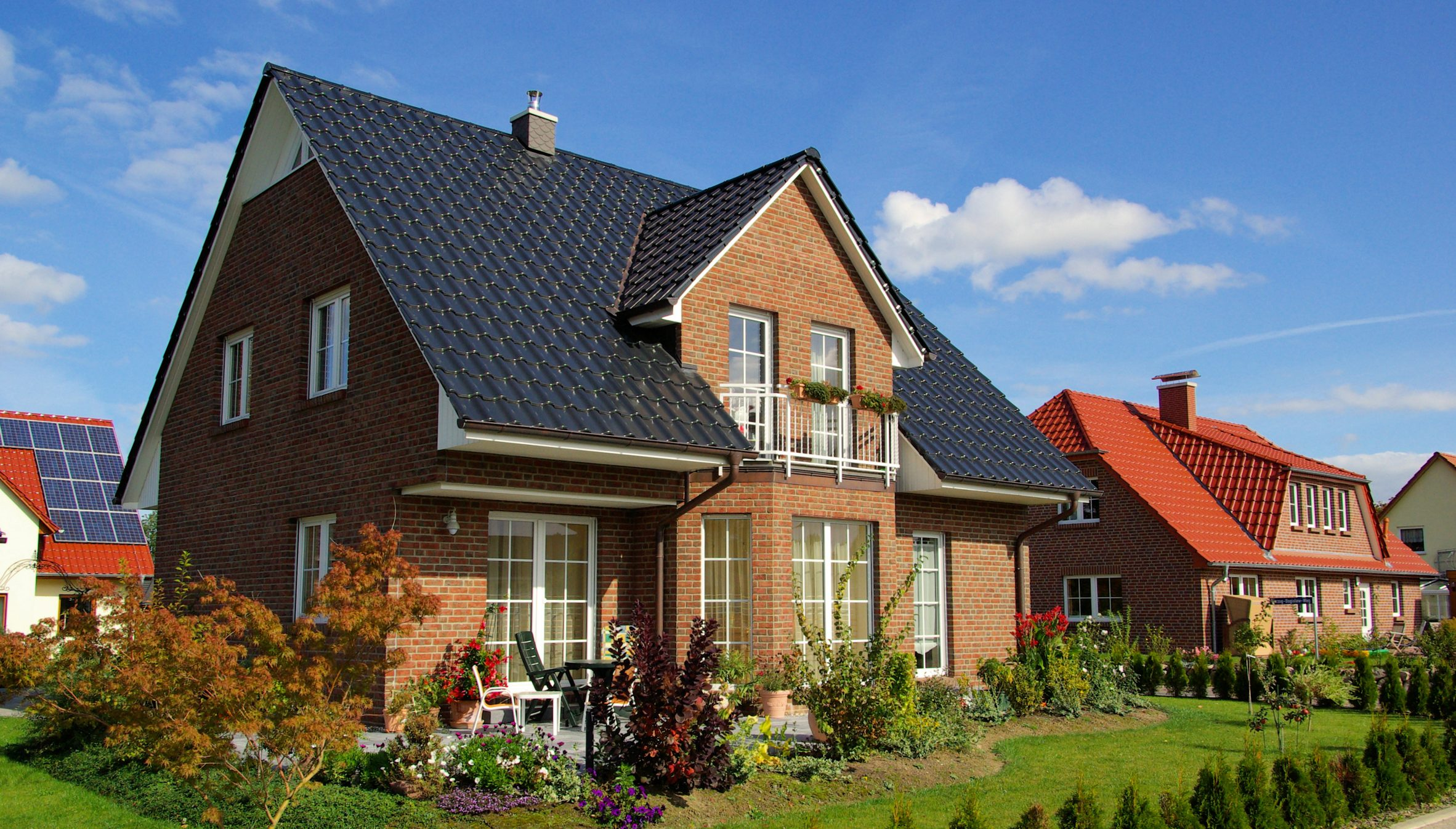 12haus.de - Einfamilienhaus -Gebäudeversicherung mit Allgefahrendeckung